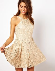 ridiculously pretty lace dress
