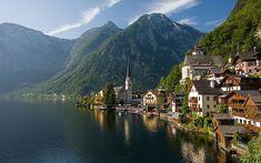 HallstattHallstatt, satul unde munţii răsar din apă