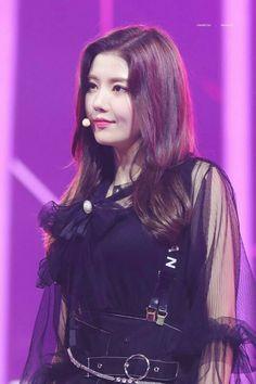 Kpop Girl Groups, Kpop Girls, Purple Palette, Fandom, Japanese Girl Group, Nanami, Purple Aesthetic, Kim Min, 3 In One