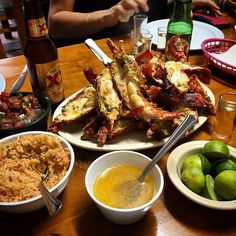 Midweek day dreaming! Lobsters, Tortillas, Salsa, Mariachis, weekend come to me! This is #PuertoNuevo, explore #BajaCalifornia today! www.DiscoverBajaCalifornia.com (Photo by Dino Careao)