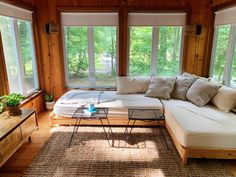 Ikea Daybed, Diy Daybed, Cozy Cabin, Cozy House, White Daybed, Lots Of Windows, Beautiful Interiors, Decoration, New Homes
