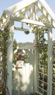 60 Amazing Garden Gates and Fence Design Ideas - DIY Garten Garden Archway, Garden Entrance, Garden Arbor, Garden Doors, Garden Trellis, Archway Decor, Garden Gates And Fencing, Fence Gate, Fences