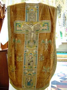Chasuble: The Church of Our Lady and St Michael, Abergavenny,