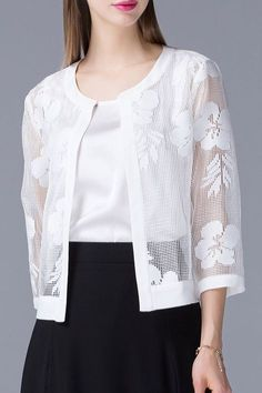 Shop olisi white mesh see-through jacket here, find your jackets at dezzal, huge selection and best quality. Kurta Designs, Blouse Designs, Stylish Dress Designs, Stylish Dresses, Hijab Fashion, Fashion Dresses, Mode Top, Lace Jacket, Couture
