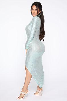 Tight Dresses, Sexy Dresses, Beautiful Dresses, Nice Dresses, Fashion Dresses, Sequin Midi Dress, Blue Midi Dress, Curvy Girl Lingerie, Curvy Girl Outfits