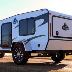 Small Camper Trailers, Diy Camper Trailer, Small Trailer, Small Campers, Rv Trailers, Truck Camper, Camping Trailers, Yogi Bear Camping, Camping 3