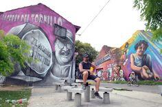 ALFREDO SEGATORI su mural 'El Regreso de Quinquela' en Barracas