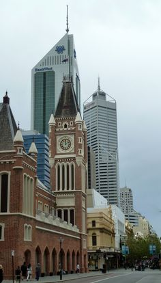 City of Perth, mix of old and new architecture...I know which style I prefer, and it isn't concrete highrise blocks!