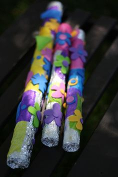 rain sticks - happy hooligans - cardboard tubes, nails and rice