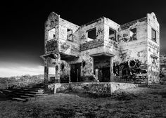 Abandoned Intentions Tower Bridge, Mount Rushmore, Abandoned, Cool Photos, Fine Art Prints, Nikon Coolpix, Good Things, Day, Left Out