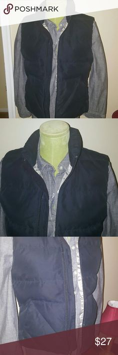 EDDIE BAUER VEST Blavk/gray vest eith a pocket on each  side of vest & 1 inner pocket Eddie Bauer Jackets & Coats Vests