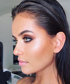 Amazing Wedding Makeup Tips – Makeup Design Ideas Glam Makeup, Contour Makeup, Bride Makeup, Skin Makeup, Makeup Inspo, Makeup Inspiration, Scary Makeup, Pretty Makeup, Beauty Make-up