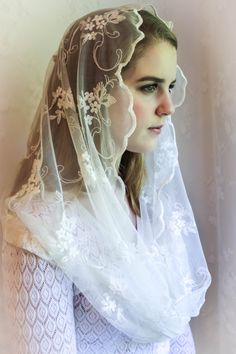 Evintage Veils* Embroidered Floral * Lace Chapel Veil Mantilla Infinity Veil by EvintageVeils on Etsy