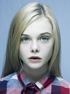 I picture Elle Fanning as Alyss. She fits the distribution almost perfectly! She's bright and cheerful with a highly contagious smile, she has long blonde hair, and she's tall!