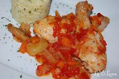 Cacciatore, Romanian Food, Cauliflower, Shrimp, Meat, Vegetables, Cauliflowers, Vegetable Recipes, Cucumber