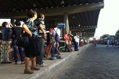 Blog do Oge: Grande Recife amanhece com poucos ônibus nas ruas