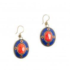 Pendientes con abalorios en rojo y azul marino. Consigue el collar a juego. 12,00€