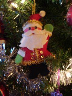 Hand made felt ornament. Felt Christmas, Christmas Crafts, Xmas, Christmas Ornaments, Christmas Trees, Homemade Ornaments, Felt Ornaments, How To Make Ornaments, Diy Projects Handmade