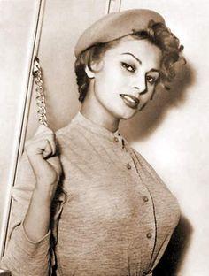 Curvaceous Sophia Loren