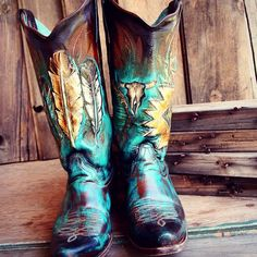 """""""If you're interested in having your boots custom painted check out hd-west.com for info! Link in bio"""""""