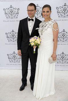 Princesa Victoria de Suecia, Fecha: 16 de junio de 2016. 'Look': La futura Reina de los suecos llevó un vestido blanco de Ralph Lauren, que se adornaba con cuerpo de pedrería sobre el pecho, de H&M.