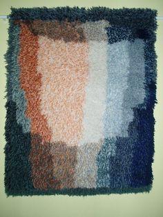 Locker Hooking, Rug Hooking, Rya Rug, Wool Rug, Chair Pads, Wall Hangings, Art Inspo, Weaving, Carpet