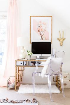 absolutely perfect office space with pretty pastel pinks, iMac and fluffy carpet & pillows - what a dream!