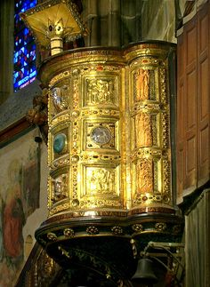 Aachen Cathedral - Pulpit from Henry II (1014)