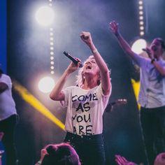 Hillsong Church @hillsong Instagram photos | Websta Christian Music Artists, Christian Singers, Christian Life, Worship Leader, Praise And Worship, Worship Jesus, Hillsong College, Taya Smith, Hillsong Church