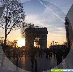 E quem curte Paris, não pode deixar de dar aquela voltinha na Champs Elysees... Fazer umas comprinhas...E apreciar o Arco do Triunfo! 😉 #arcodotriunfo #champselysees #paris #frança #france #europe #eurotrip #viagem #turismo #dicasdeviagem #falandodeviagem #travelblogger #mochilando #passeios #travel #europa #sunset #sky #landscape #paisagens #lindo #sensacional #fimdetarde #aroundtheworld #travelphotography by facaseuroteiro. mochilando #europa #sensacional #travelblogger #paris…
