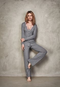 Mode Ulzzang, Cute Pajama Sets, Loungewear Outfits, Night Dress For Women, Pinterest Fashion, Pretty Lingerie, Business Dresses, Trendy Clothes For Women, Pajamas Women