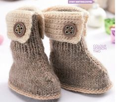 Free pattern from Ravelry. They are called Marley. Nice boots for young girls.