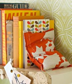 21 Ways to Create Your Own Bookends