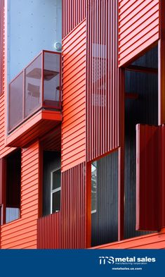 T16-E Wall Panels in Raucous Orange and Coronado Red on the Formosa 1140 apartment building - Photo Credit: Lawrence Anderson Photography, Inc.