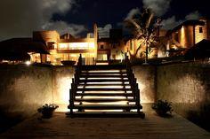 O Kenoa Resort é considerado um santuário privado de tranquilidade e equilíbrio, íntimo sem ser intrusivo. via @explorerside