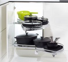 Eckschrank küche auszug  LeMans Auszug für Eckschränke #Kueche #Detail #Eckloesung http ...