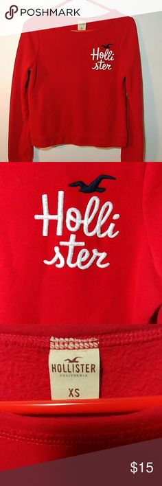 💘😍RED XS Womens HOLLISTER Sweatshirt😍😜 Up for grabs is this really adorable women's size extra small (XS) red Hollister sweatshirt. This sweatshirt is an excellent preowned condition. Match this up with my red Hollister sleep pants. Thanks for checking out my closet. Hollister Tops Sweatshirts & Hoodies
