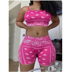 Bandana Outfit, Club Outfits For Women, Suits Season, Tracksuit Set, Short Suit, T Shirt And Shorts, Sport Casual, Fashion Pants, Clothing Patterns