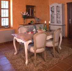 Dining Room Server, Dining Chairs, Dining Table, Sofa Furniture, Luxury Furniture, Casa Gaudi, Dinner Room, New Homes, Interior Design