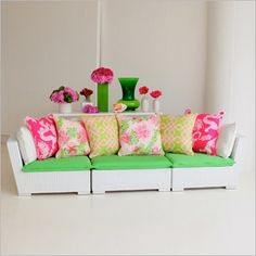 Lilly Pulitzer Collection -- our popular Avalon Collection paired with bright green 100% cotton seat cushions, and Lilly's iconic pattern print pillows in 100% linen