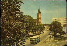 Miskolc; Felszabadulás útja a SZOT székházzal   Képeslapok   Hungaricana Homeland, Budapest, Big Ben, The Past, History, Building, Travel, Life, Historia
