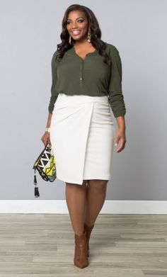 Uptown Faux Wrap Skirt, Fresh Linen (Women's Plus Size) Look Plus Size, Plus Size Model, Plus Size Tops, Curvy Fashion, Plus Size Fashion, Girl Fashion, Fashion Outfits, Plus Size Skirts, Plus Size Outfits