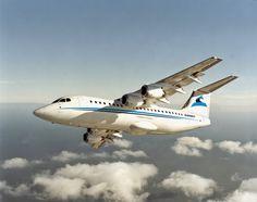 le portail des passionnés de l'aviation: [En vidéo] First Air adopte l'Avro RJ-85