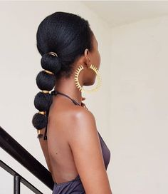 How to style afro kinky hairstyles for Afro carribean women with natural hair. From big afro styles, curly twist outs, afro up-do's and Natural Hair Growth Remedies, Natural Hair Growth Tips, Long Natural Hair, Natural Hair Styles, Afro Kinky Hairstyles, Girl Hairstyles, Afro Hair Care, Afro Hair Ponytail, 4c Hair