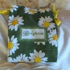 Brighton Daisy Green & Yellow Small Bag Size Small / You can use for your sunglasses or items in your purse etc. PRICE IS FIRMTrade $10 Brighton Other