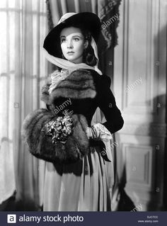 Vivien Leigh on-set of the Film, Anna Kerenina, 1948, TM & Copyright (c) 20th Century Fox Film Corp. All rights reserved Stock Photo Old Hollywood Glamour, Golden Age Of Hollywood, Vintage Hollywood, Hollywood Stars, Classic Hollywood, Vintage Glamour, Vintage Beauty, Scarlett O'hara, Vivien Leigh