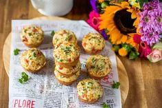Elokuun täydellinen välipala: suolaiset muffinssit – valmistuvat käden käänteessä! - Ajankohtaista - Ilta-Sanomat Baked Potato, Muffin, Potatoes, Baking, Breakfast, Ethnic Recipes, Food, Morning Coffee, Potato