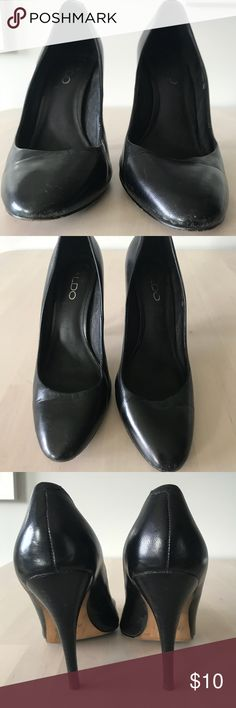 Classic Black Heels Loved classic black heels. Great to pair with straight leg trousers, or a pencil skirt.  Take a more casual approach with rolled boyfriend jeans and a blazer.  Some signs of wear (scuffing) but can easily be cleaned up with some polish.  Leather exterior. Aldo Shoes Heels