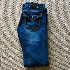 Miss Me Jeans 28 Like new. Inseam is 34. No trades. No PayPal. Miss Me Jeans Boot Cut