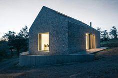 dekleva gregoric arhitekti compact karst house designboom